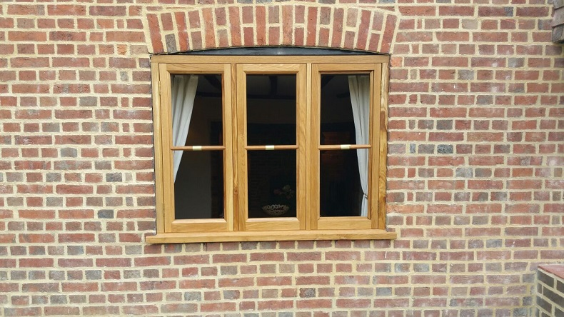 Period building fitted with wooden casement windows 1