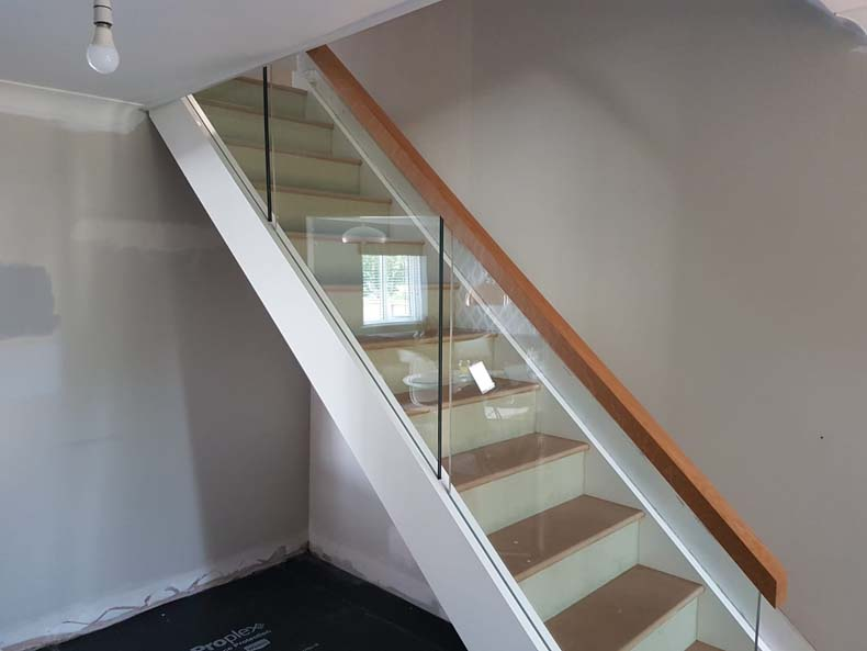 Mdf and Glass Balustrade Stair
